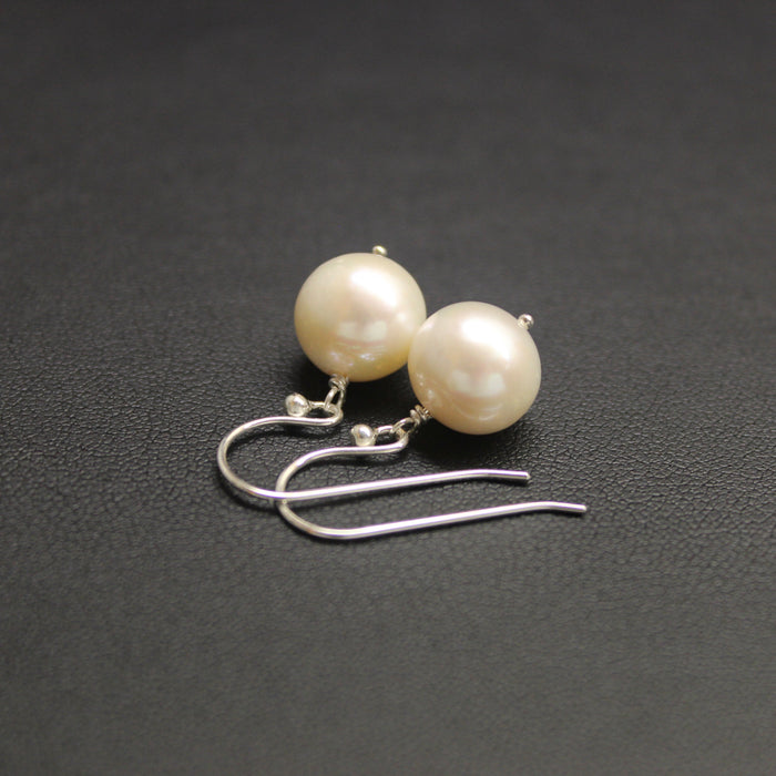 Waltz Freshwater Round Pearls & Sterling Silver Earrings (Cream)