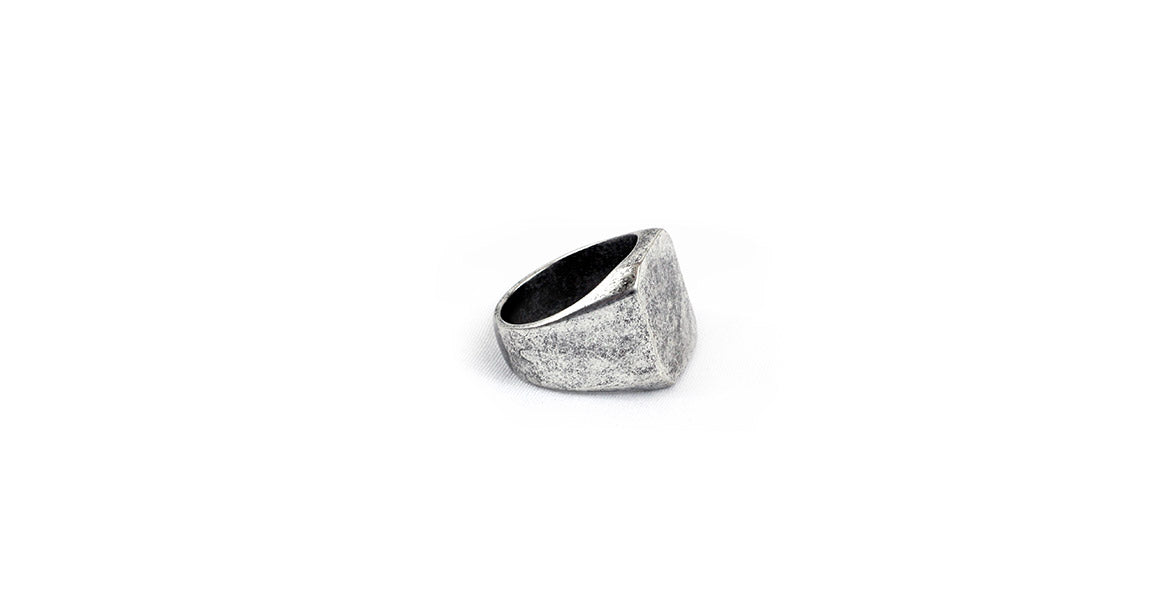 Warren Peace - Reaper Club Ring in Antique Silver - Designer Streetwear