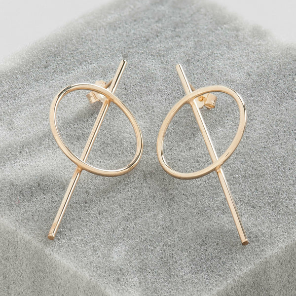 GOLD CIRCLE AND BAR EARRINGS