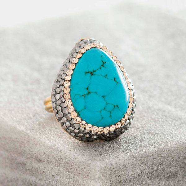 LARGE TURQUOISE AND CRYSTAL RING