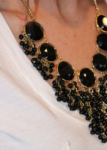BOLD BAUBLES NECKLACE