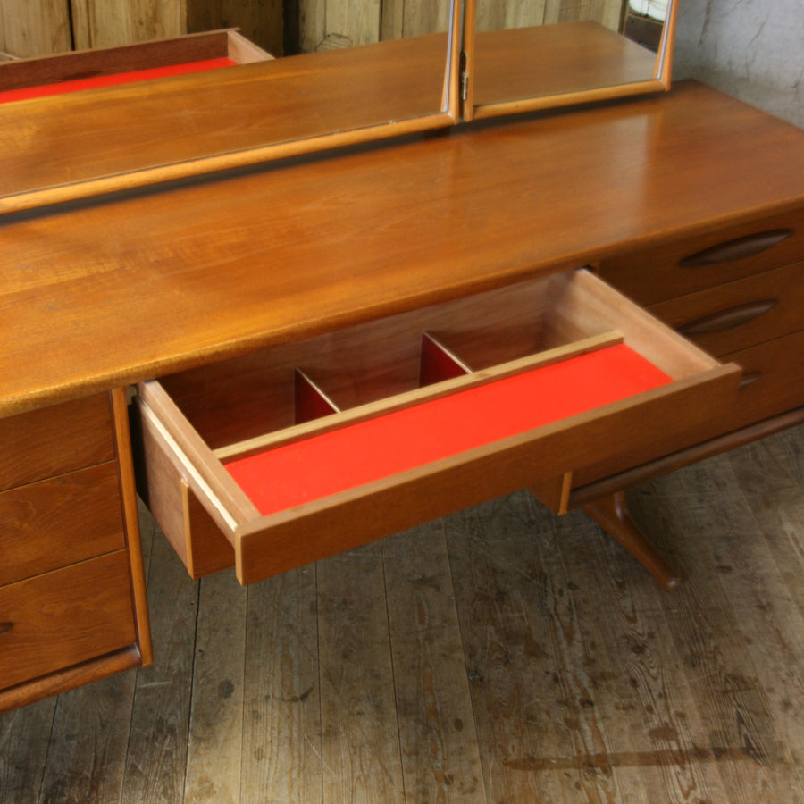 mid_century_austinsuite_teak_dressing_table