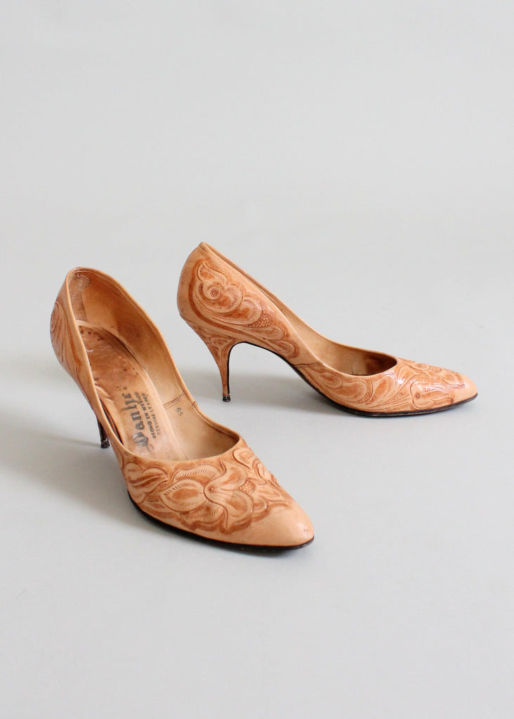 Vintage 1950s tooled leather shoes heels