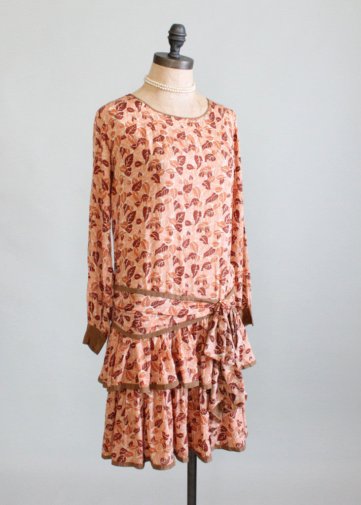 Vintage 1920s Falling Leaves Silk Flapper Dress
