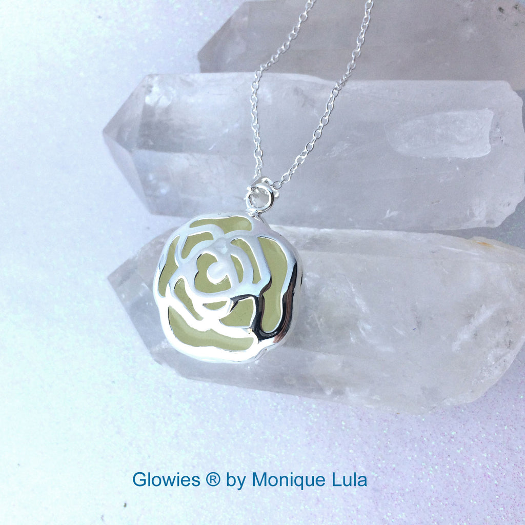Enchanted Glowing Rose Necklace