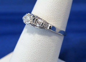 VINTAGE PLATINUM DIAMOND SOLITAIRE RING WITH OLD EUROPEAN CUT CENTER!