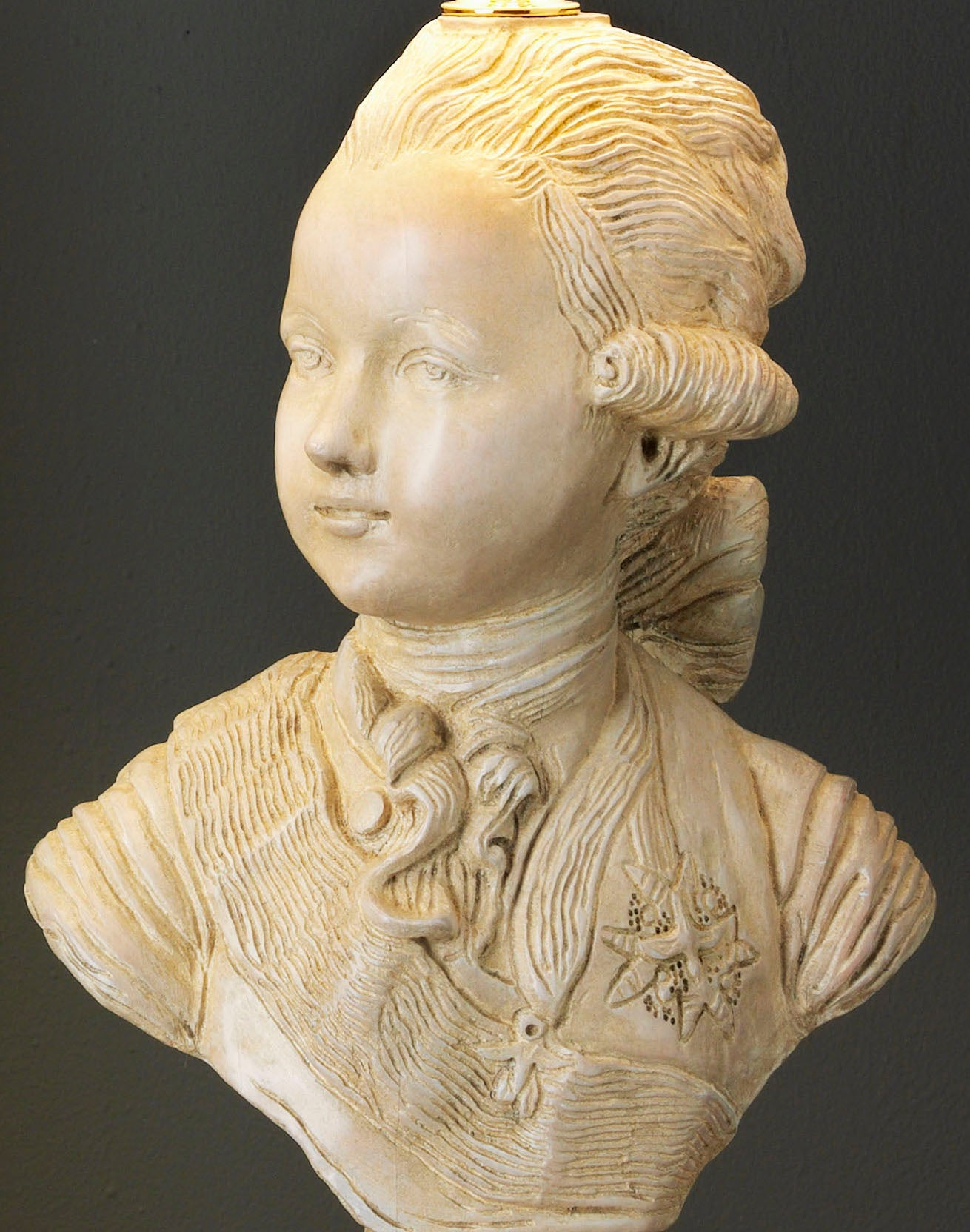 D002  A Large Portrait Fruit Wood Bust Of Louis, Dauphin / Louis XVI of France - Circa 1950's