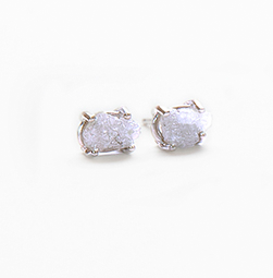Earrings Raw Daimonds set in 14k YGold Claw