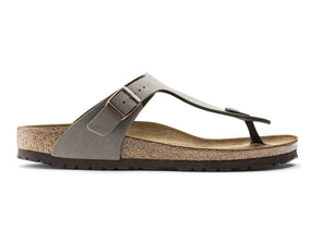 Birkenstock Gizeh in Stone outer view