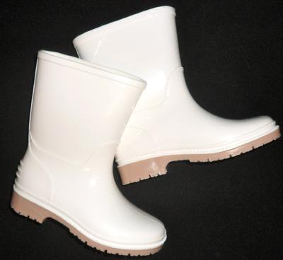 Child Shrimp Boots (White)