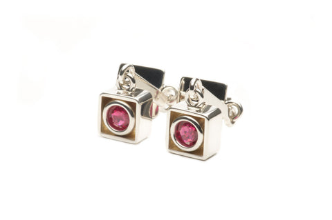 Earrings with fine Rubies