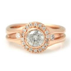 Halo Ring with Round Brilliant