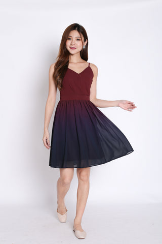 (PREMIUM) FATE OMBRE SKATER DRESS (BURGUNDY/ NAVY)