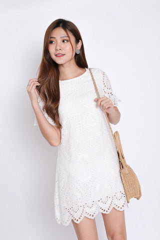 *TPZ* (PREMIUM) SHEILA EYELET SHIFT DRESS IN WHITE