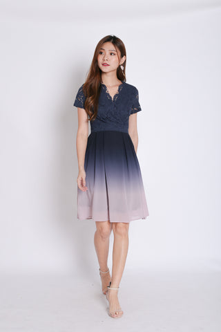 (PREMIUM) LACE OMBRE DRESS (NAVY/ PINK)