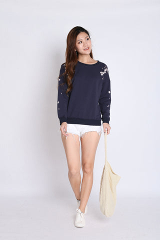 PRETTY SAKURA EMBROIDERY PULLOVER IN NAVY