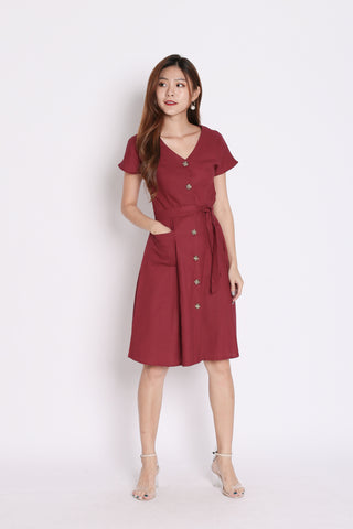 *TPZ* (PREMIUM) URBAN POCKET BUTTON DRESS IN BURGUNDY
