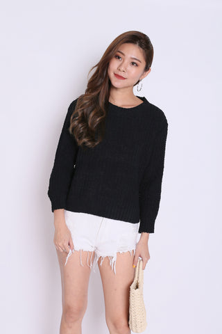 ZESS CABLE SOFT KNIT PULLOVER IN BLACK