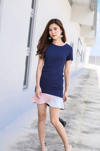(PREMIUM) NOVA COLOURBLOCK MERMAID DRESS IN NAVY