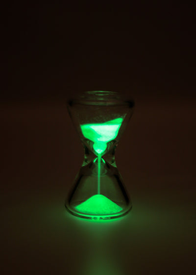 "TAG - 3.5"" x 2.0"" Hour Glass with Glow in the Dark Sand - Clear"