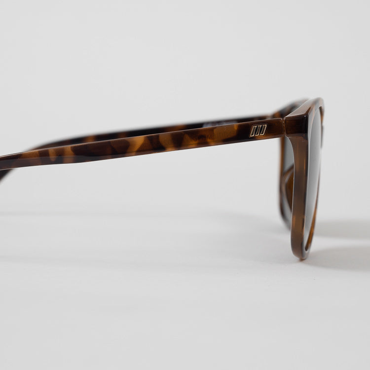Le Specs Entitlement Milky Tort Sunglasses - detail profile view