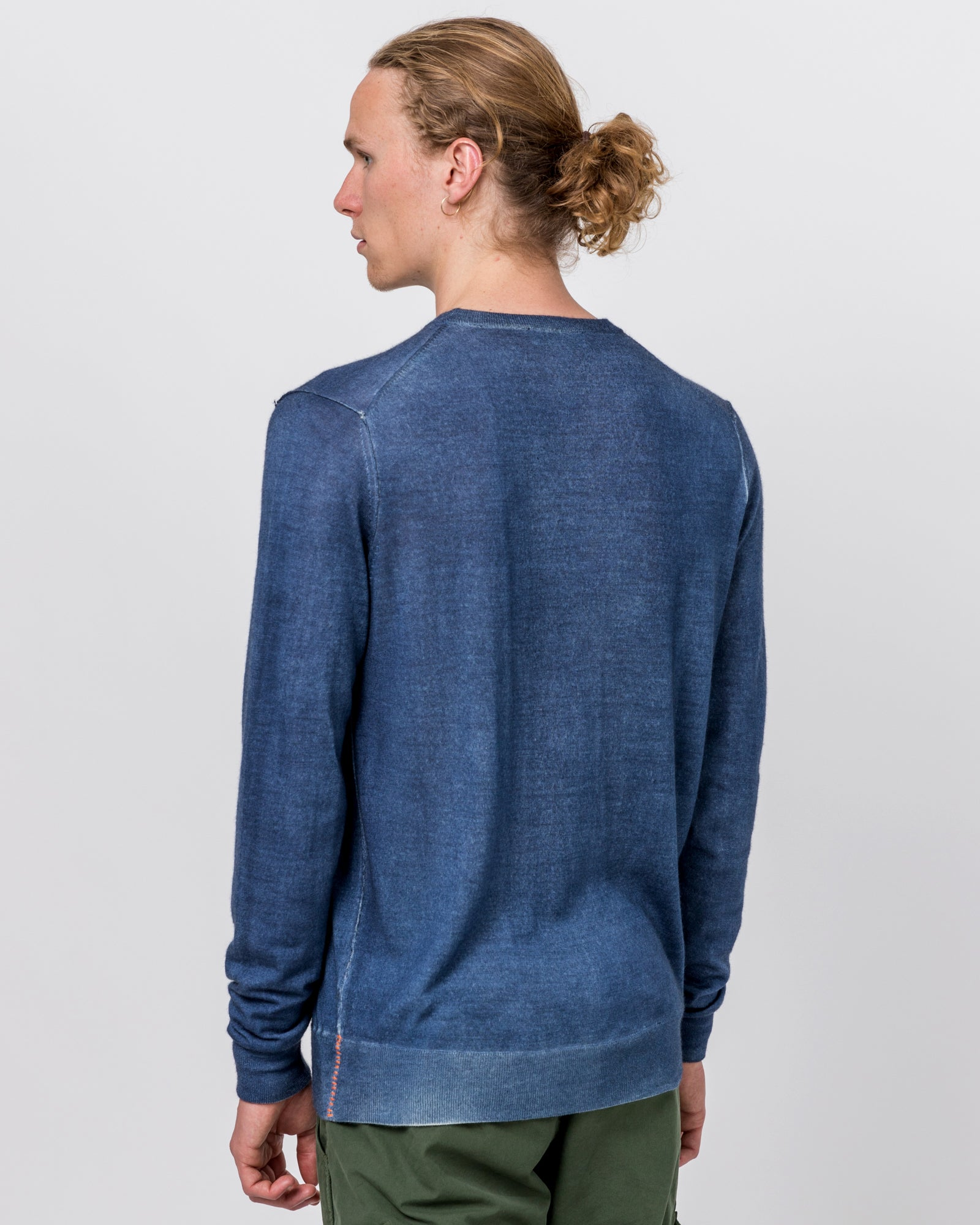 RG Exclusive Wool & Cashmere Crewneck in Blue
