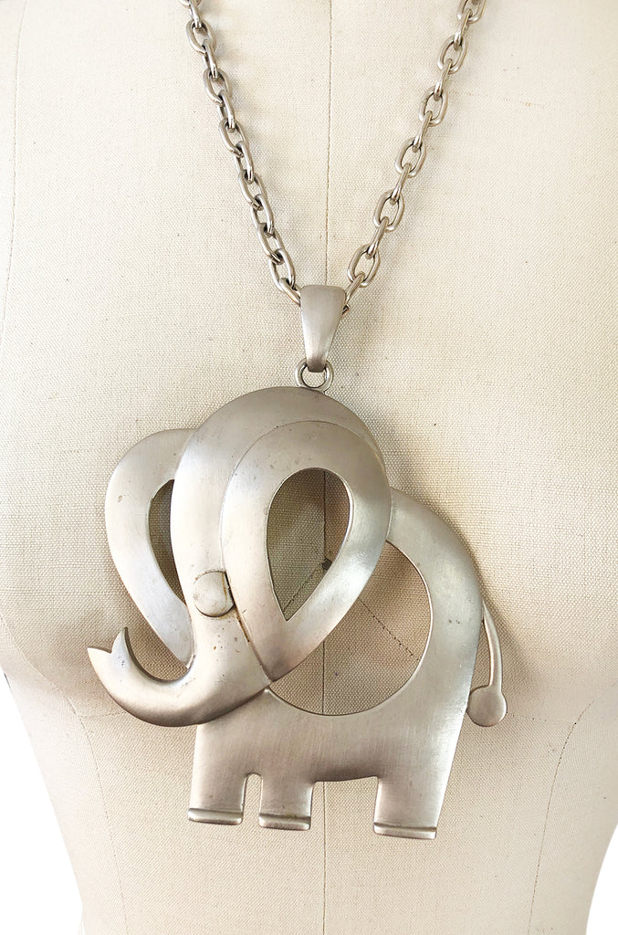 Massive 1960s Pierre Cardin Modernist Silver Metal Elephant Necklace