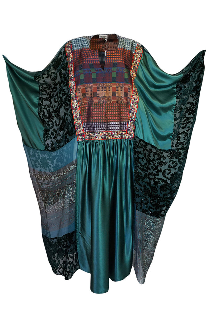 1975 Thea Porter Exhibited Green Multi Textile Abaya Caftan Dress