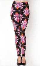 Load image into Gallery viewer, PINK PATTERN OS SIZE LEGGINGS