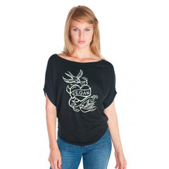 "Cykochik ""Vegan Tattoo"" Organic bamboo and cotton poncho tee - illustrated by artist Michelle White - Model"