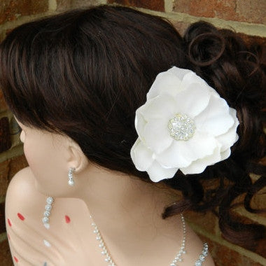Vintage Inspired Ivory Flower / Rhinestone / Bridal / Hair Clip / Wedding / Destination / Floral / Up-Do