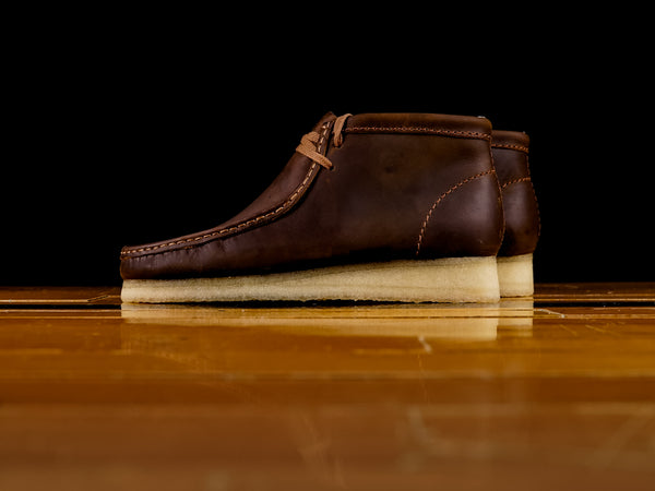 Men's Clarks Wallabee Boot Brown Beeswax Leather [261-34196]