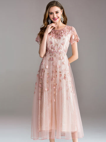 Elegant Embroidery O-Neck Short Sleeve Big Hem Maxi Dress
