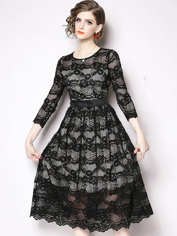 Lace Stitching O-Neck 3/4 Sleeve Pleated Hollow Out Fit & Flare Dress