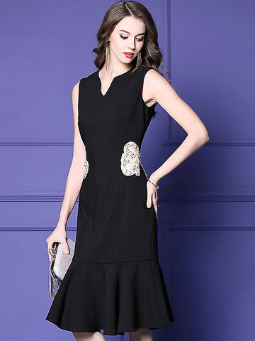 Elegant Beaded V-Neck Sleeveless Falbala Fishtail Dress