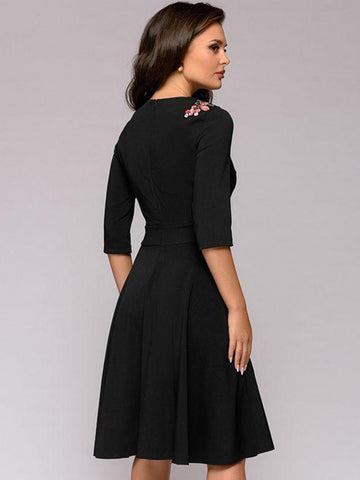 Fashion Vintage O-Neck Black 3/4 Sleeve A-line Sheath Dress