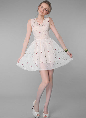 Beige Tulle Mini Dress with Pastoral Floral Embroidery RD622
