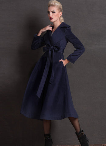 Belted Navy Cashmere Wool Coat with Large Lapel and Collar RB201