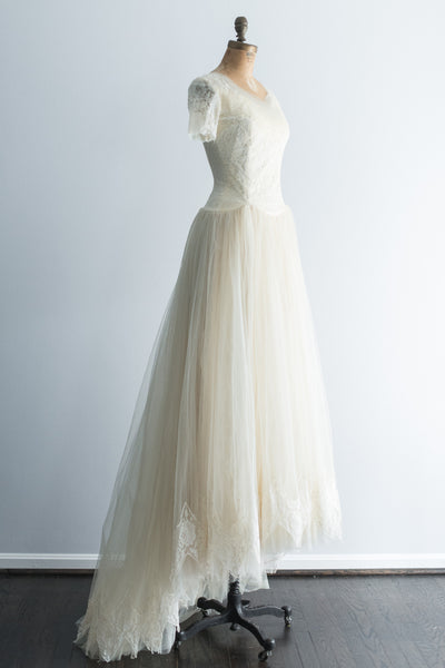 1950s Ivory Tulle Lace Gown - XS/S