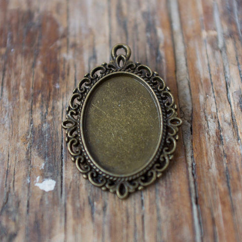REDUCED! Pendant Finding: Filigree (Various colours)