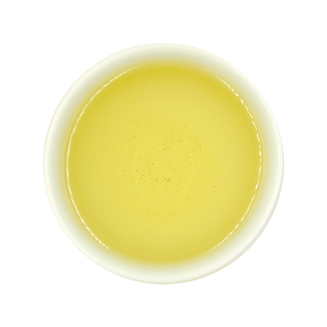 Da Yu Ling High Mountain Oolong Tea in cup