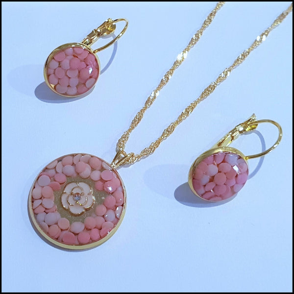 Handmade Resin Pendant & Earring Set - Pink tones with white flower
