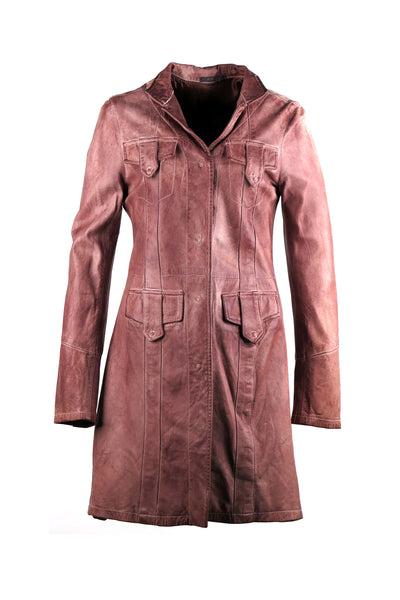 Long trench coat with flap pockets and outlining stitching design