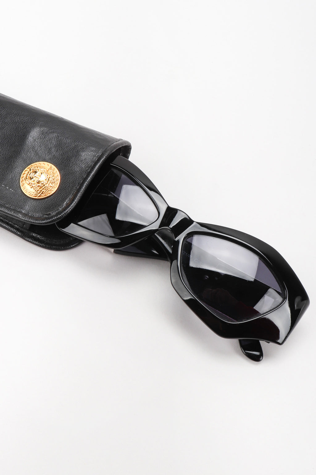 Recess Los Angeles Vintage Gianni Versace Angular Cat Eye MOD.421/W COL.852 Sunglasses