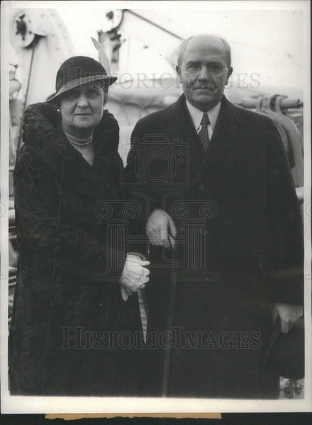 1932 Press Photo Mr. & Mrs. Silas H. Strawn, return from trip abroad. - Historic Images