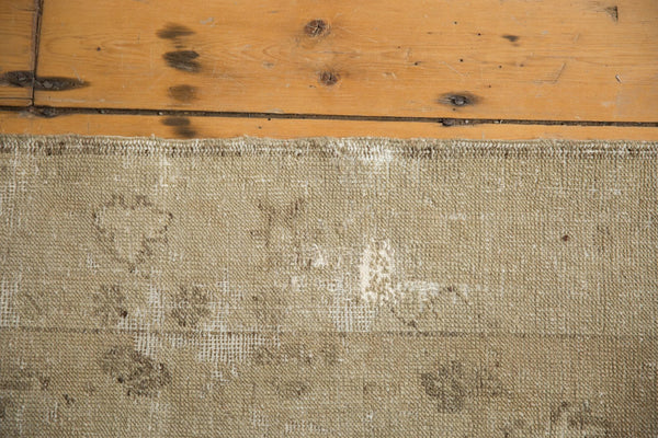 Vintage Distressed Oushak Rug Runner / Item ee003048 image 10