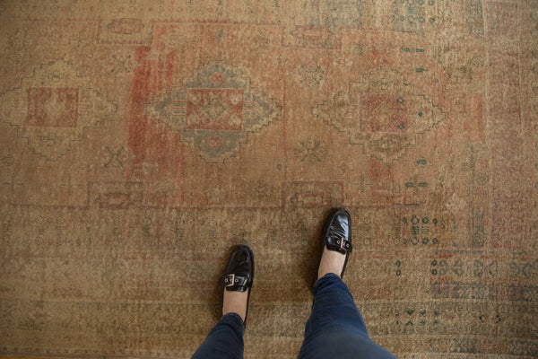 Vintage Distressed Oushak Carpet / ONH item ee003619 Image 1