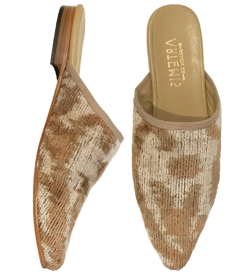 Neutral Velvet Slide