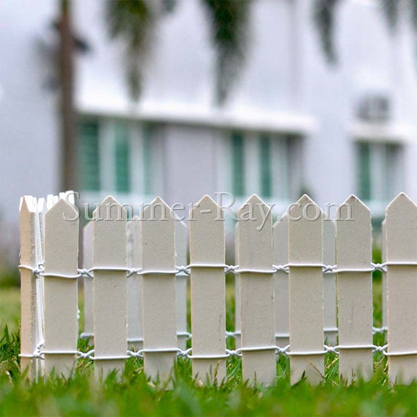 Miniature Wooden White Fence - 2 pieces