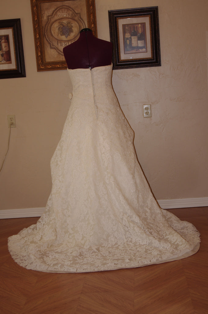 Paula Varsalona '7521' - Paula Varsalona - Nearly Newlywed Bridal Boutique - 4